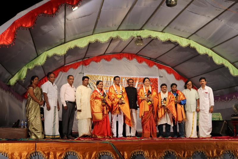 ஸ்ரீமதி ரேவதி கிருஷ்ணாவின் வீணாகான வாத்திய நிகழ்வானவு (4)