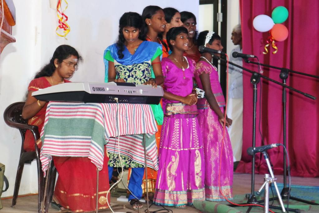 மலரட்டும் புதுவசந்தம் (7)
