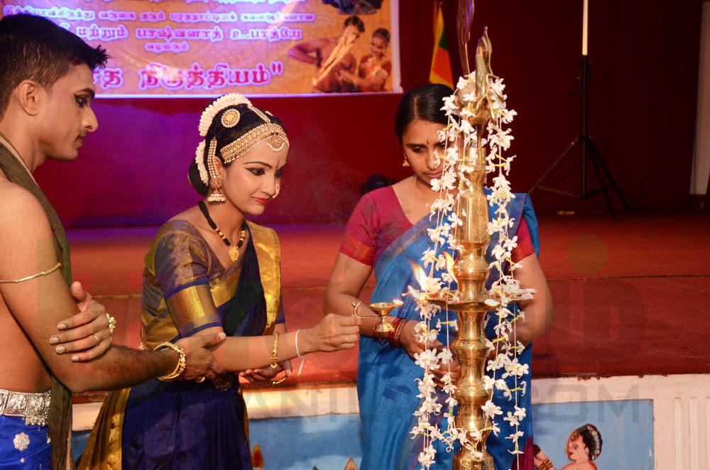 'நாத நிருத்தியம்' கலை நிகழ்வு – மகளிர்தின சிறப்பு நிகழ்ச்சி (1)