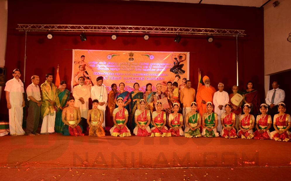 'நாத நிருத்தியம்' கலை நிகழ்வு – மகளிர்தின சிறப்பு நிகழ்ச்சி (15)
