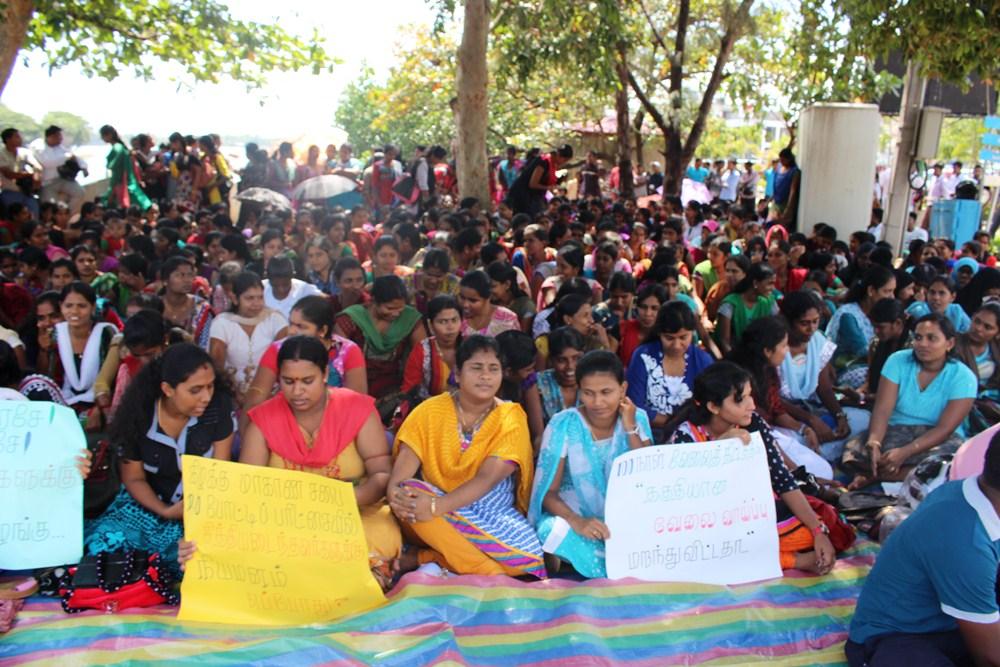 மட்டக்களப்பு மாவட்ட வேலையற்ற பட்டதாரிகள் போராட்டம் (1)