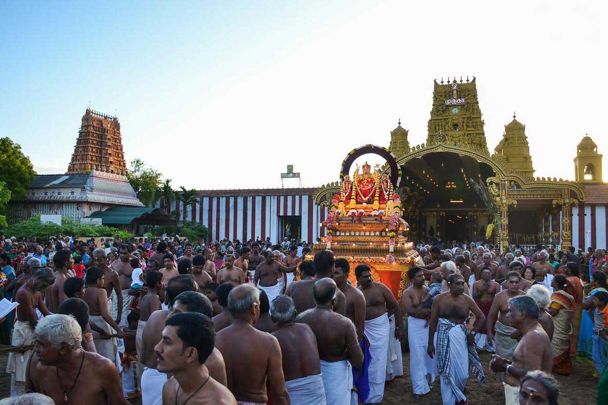 யாழ்.நல்லூர் கந்தசுவாமி ஆலய கற்பூரத் திருவிழா (3)
