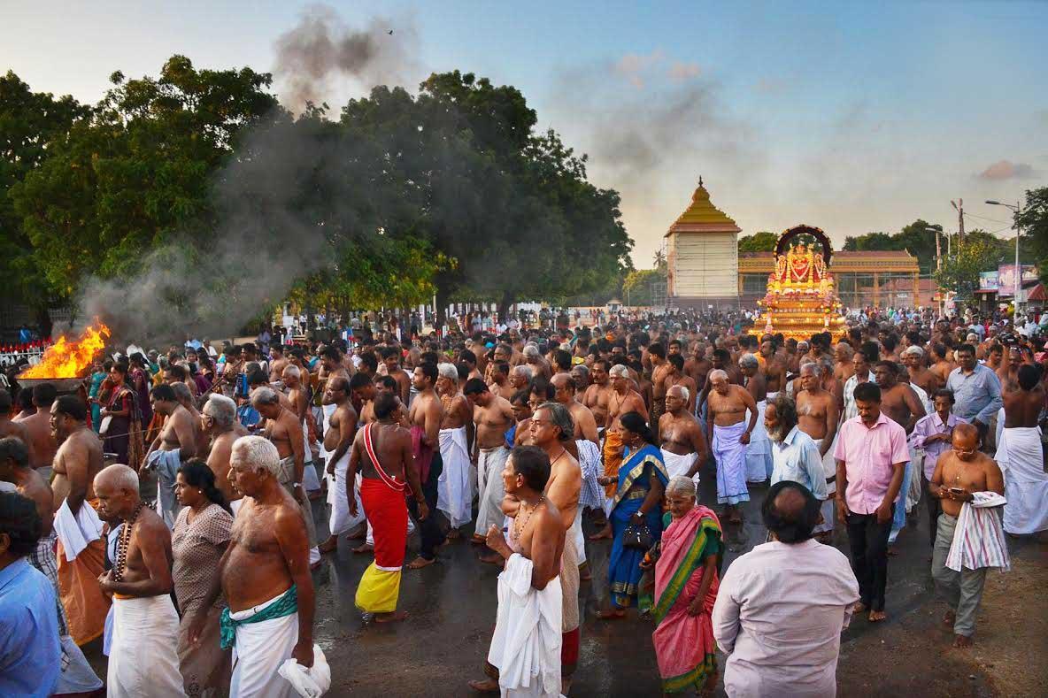 யாழ்.நல்லூர் கந்தசுவாமி ஆலய கற்பூரத் திருவிழா (4)