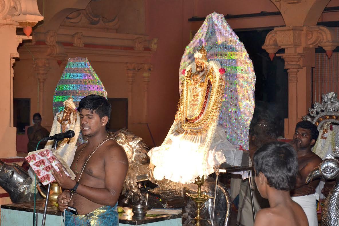 யாழ்.வண்ணை ஸ்ரீ வீரமாகாளி அம்மன் கோவில் கொடியிறக்கம் (2)