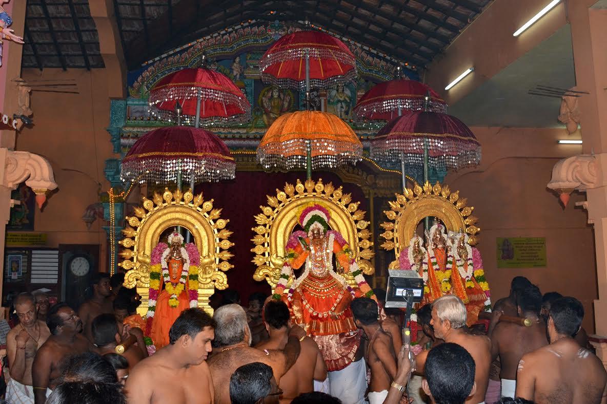 வண்ணை ஸ்ரீ வீரமாகாளி அம்மன் கோவில் சப்பறத் திருவிழா (2)