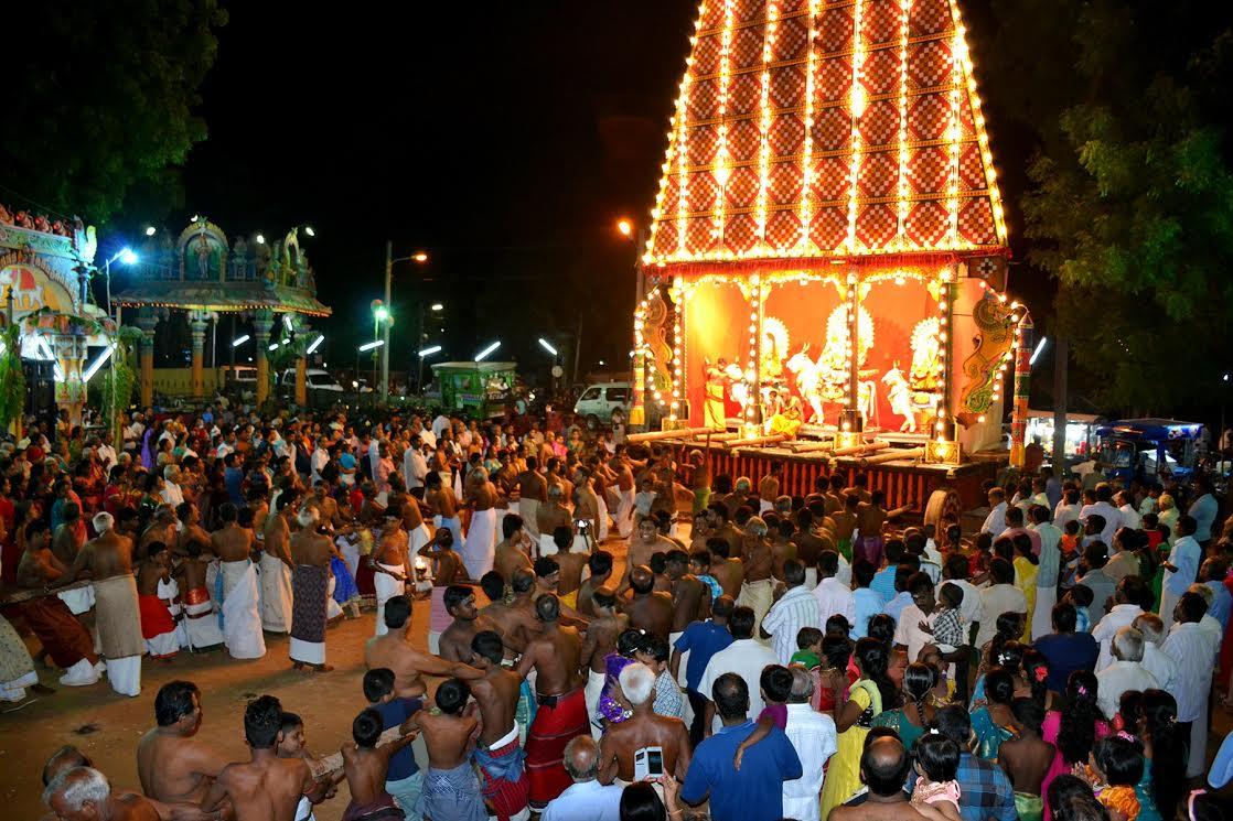 வண்ணை ஸ்ரீ வீரமாகாளி அம்மன் கோவில் சப்பறத் திருவிழா (4)