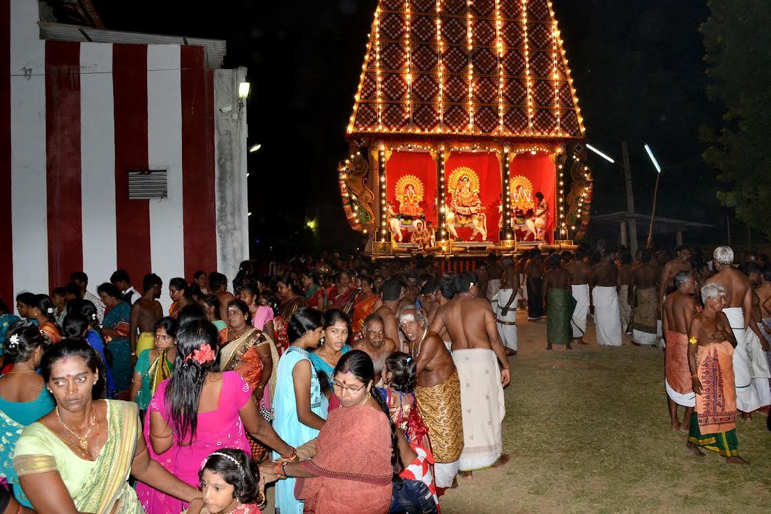 வண்ணை ஸ்ரீ வீரமாகாளி அம்மன் கோவில் சப்பறத் திருவிழா (5)