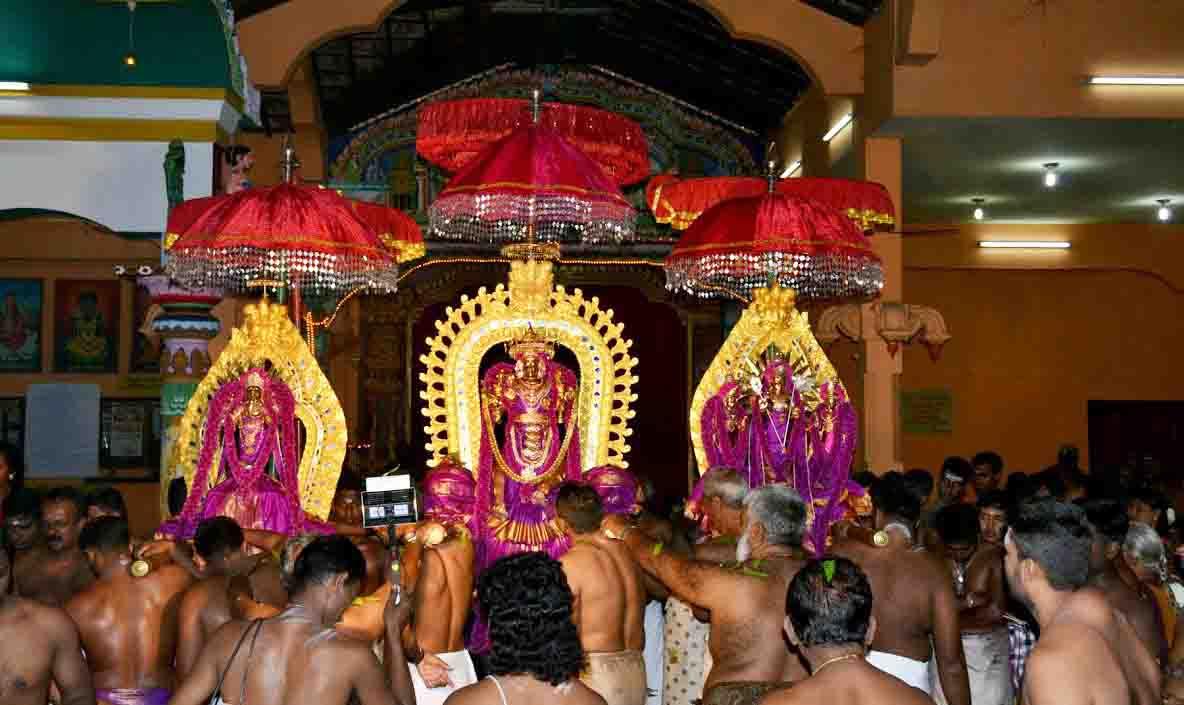 வண்ணை ஸ்ரீ வீரமாகாளி அம்மன் கோவில் மஞ்சத் திருவிழா (2)