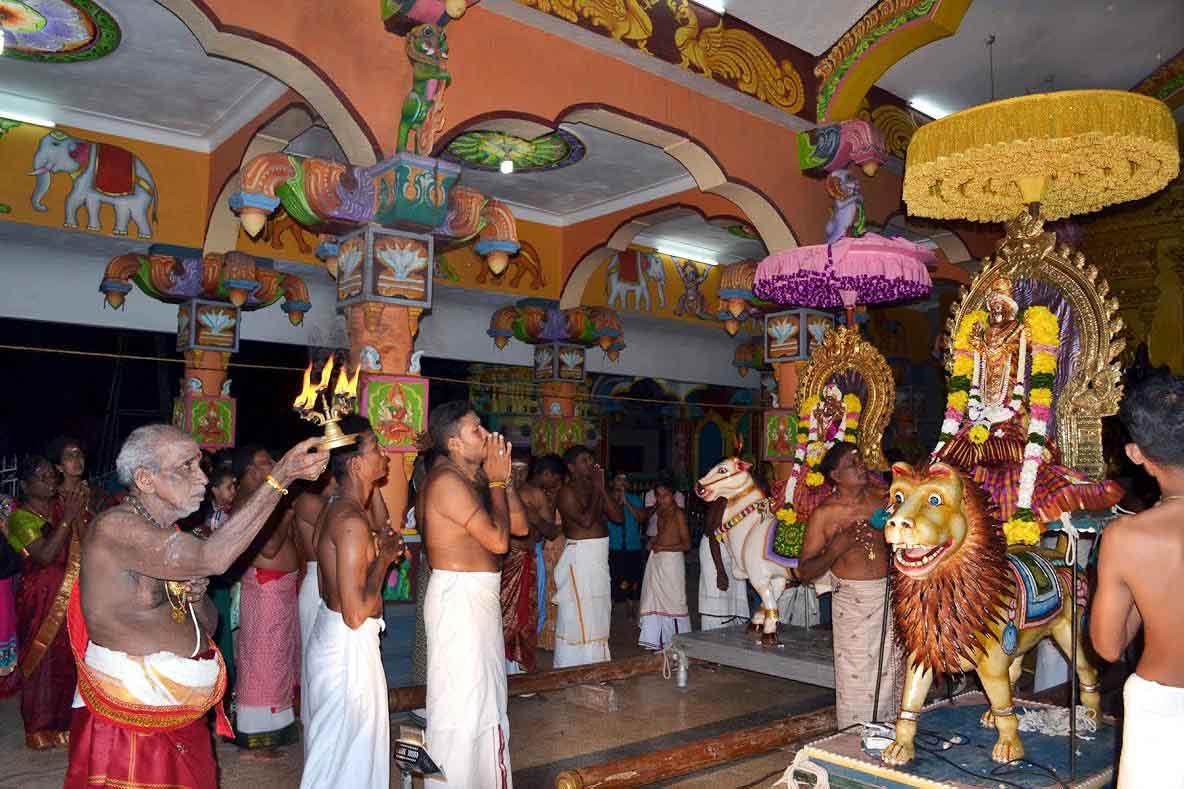 ஸ்ரீ வீரமாகாளி அம்மன் கோவில் 8ம் நாள் திருவிழா (1)
