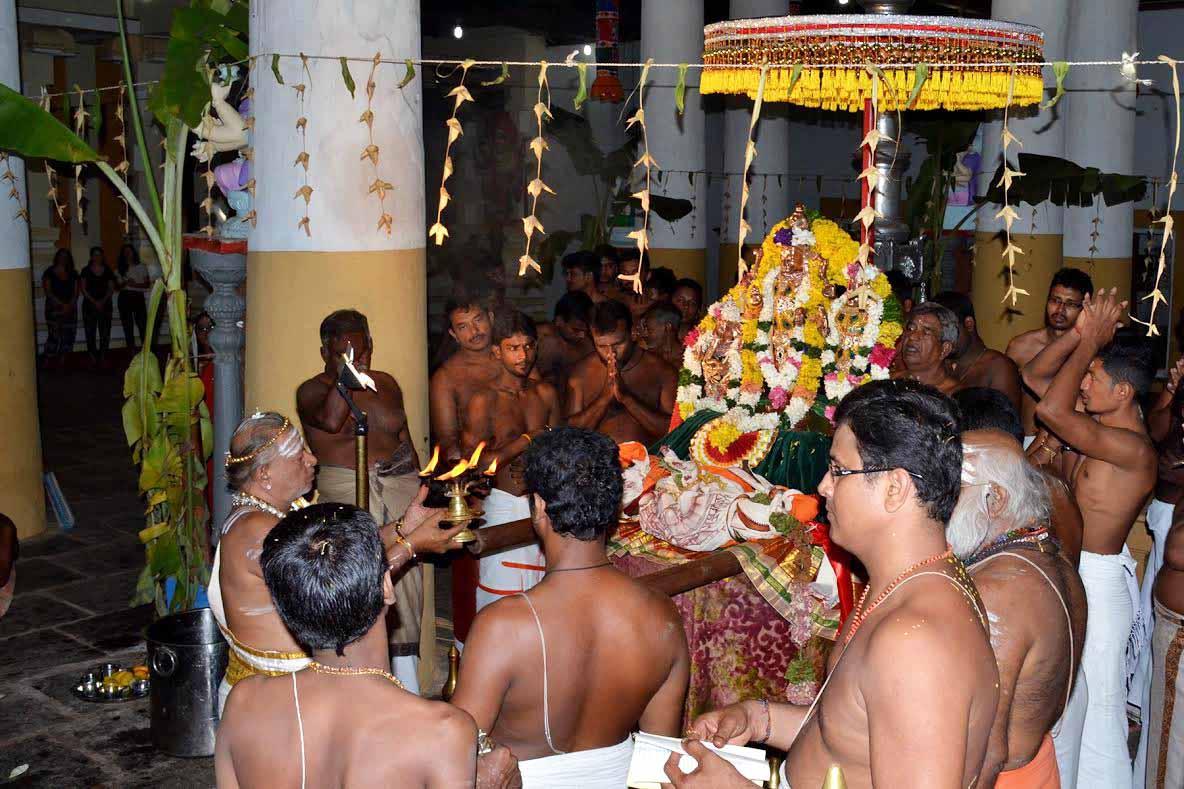 நல்லூர் கைலாசபிள்ளையார் கோவில் கொடியிறக்கம் (3)
