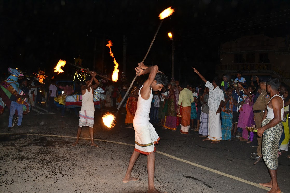 நல்லூர் ஸ்ரீ பால கதிர்காம ஆடிவேல் வீதியுலா நிறைவு (4)