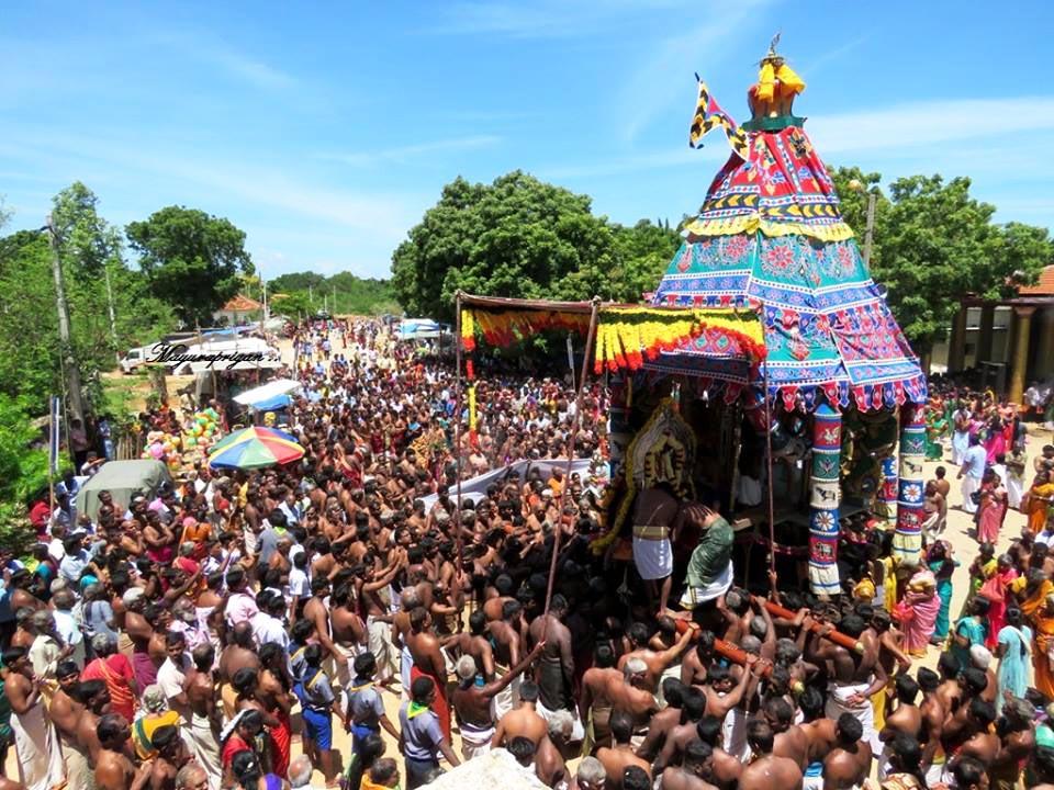 மாவிட்டபுரம் கந்தசுவாமி கோவில் வருடாந்திர மகோற்சவ தேர்த்திருவிழா (4)