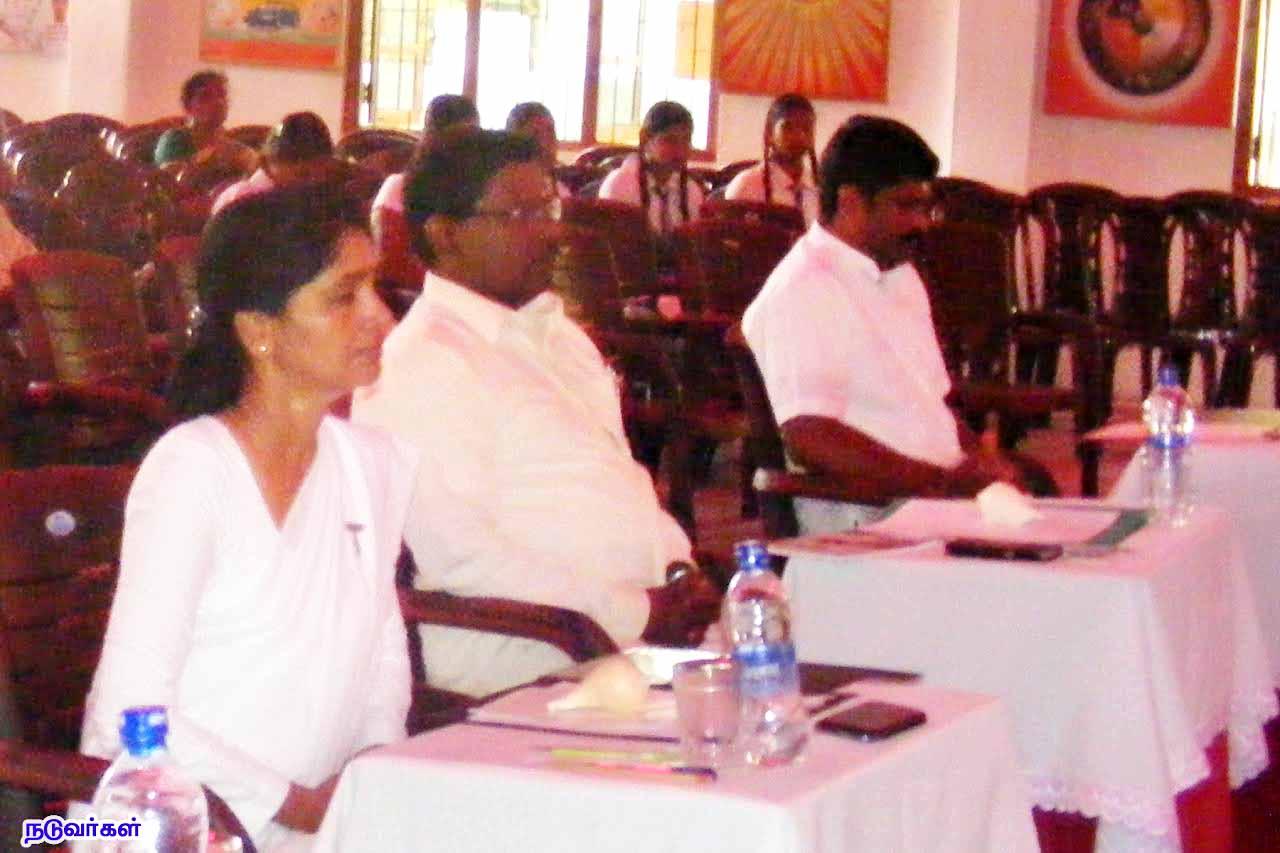 விவாதப்போட்டியில் கிளிநொச்சி புனித திரேசா வெற்றி (5)